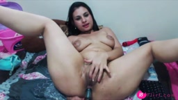 Latin slut Naty.Milk with huge lactating breast penetrates her ass