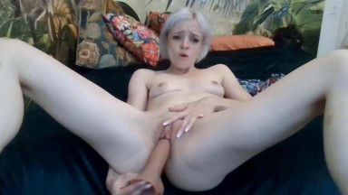Flexible tiny blonde Emily is a girl from your dreams